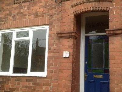 House to let, Green Lane - Victorian