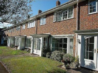 House for sale, Lodge Gardens