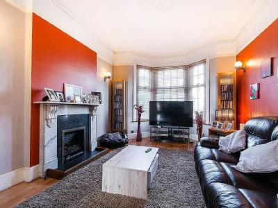 House for sale, Brook Road - Garden