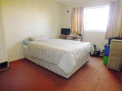 Beckhill Avenue - Double Bedroom