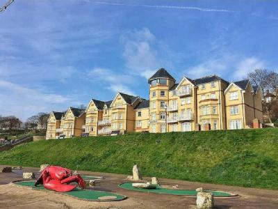 Deepdene, The Beach, Filey