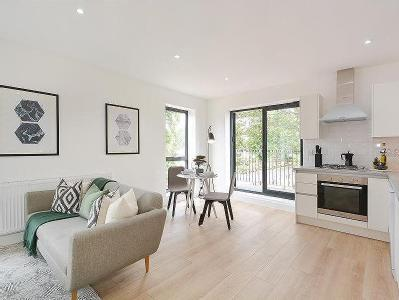 Apt 1, Grange Road, E13 - Freehold