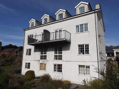 Flat to let, Bethesda - Lower Ground