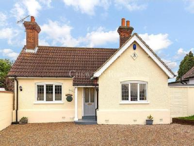 House for sale, Lambourne End