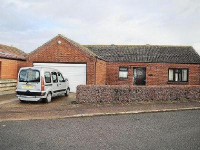 Fulmar Close, Bradwell - Bungalow
