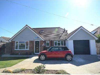 Clayton Road, Selsey, PO20 - Detached