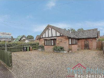 Yarmouth Road, Stalham - Detached