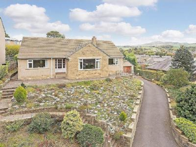 Bradley Road, Silsden - Detached