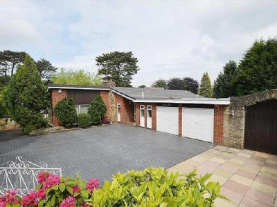Raby Drive, CH63 - Bungalow, Garden