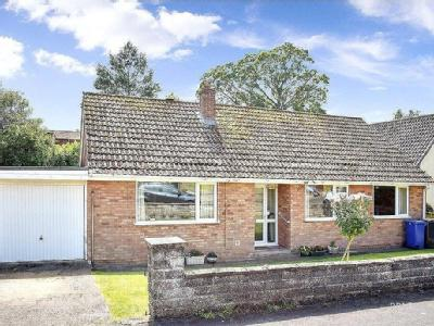 Chichester Drive, Caistor, Lincolnshire, LN7