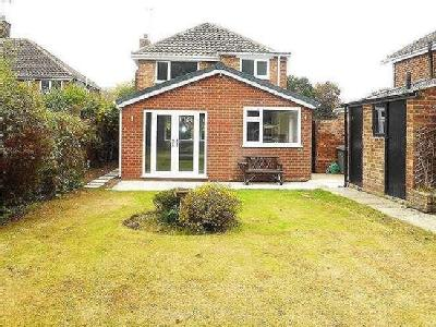 Heath Road, Wirral, CH63 - Dishwasher