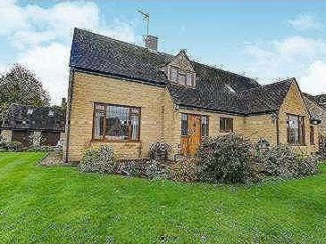 Pear Tree Close, Chipping Campden, Gloucestershire, GL55