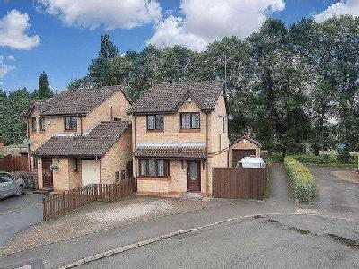 Glenmount Avenue, Coventry - Detached