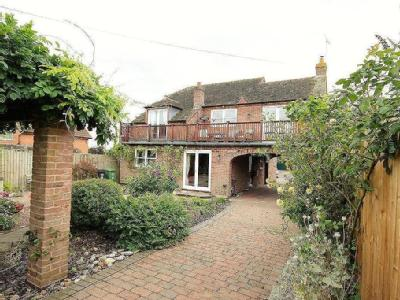 Froxmere Road, Crowle, Worcester, WR7