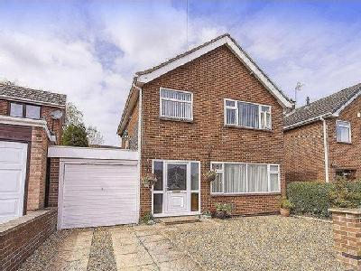 ORCHARD CLOSE, LITTLEOVER - Detached