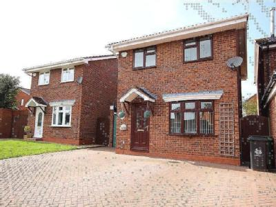 Grayling Close, Broomhall, Worcester, Worcestershire, WR5