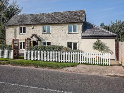 Royston Road, Litlington - Detached
