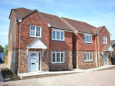 High Halden, TN26 - Detached, Mews