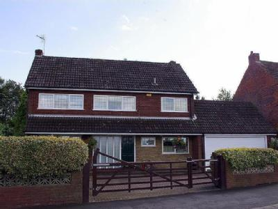 Illey Lane, Halesowen - Detached