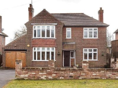 Tower Road, Stapenhill - Modern