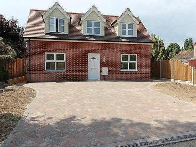 Folkards Lane, Brightlingea, Colchester, Essex CO7