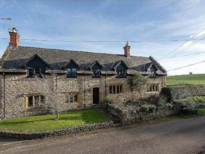 Middle Chinnock, Crewkerne, Somerset, TA18