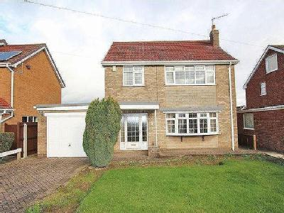 HINKLEY DRIVE, IMMINGHAM - Detached