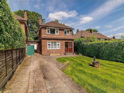 Quickley Lane, Chorleywood - Detached