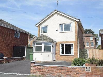 House for sale, Oak Road, CH63