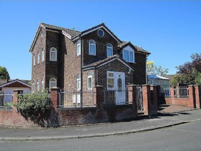 Chapel Close, Dukinfield, Cheshire SK16