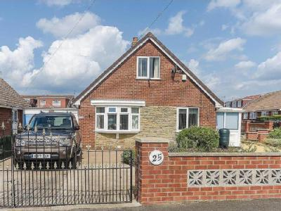 Holmpton Road, Withernsea - Bungalow
