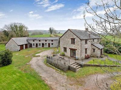 Chudleigh, Newton Abbot - Detached