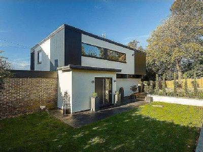House for sale, Hythe - Detached