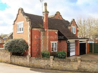 House for sale, Lexden - Victorian