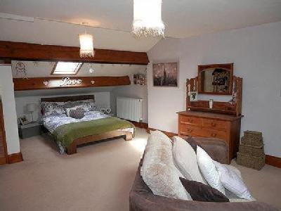 Holmefield Farm, Holme Lane, Sutton In Craven Bd20