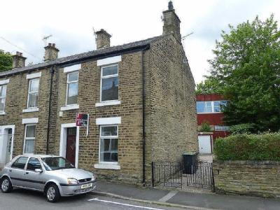 Hollincross Lane, Glossop - Furnished