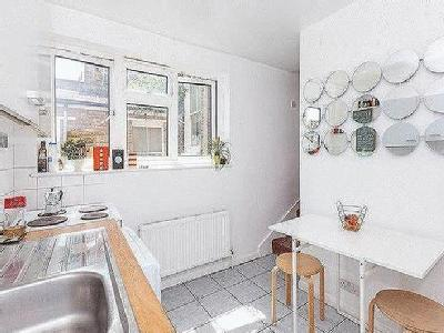 Charteris Road Nw6 - Leasehold