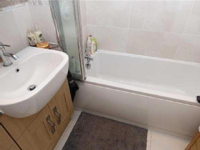 East Street, Tynemouth - En Suite