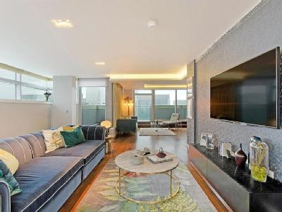 Flat for sale, East Tower - Balcony