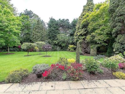 Flat for sale, Rosings - Patio