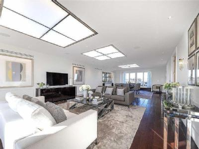 Cholmeley Park, London N6 - Penthouse
