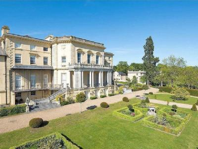 Mansion House Drive, Stanmore, Middlesex HA7