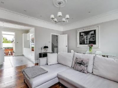 Strode Road, London - Reception, Flat