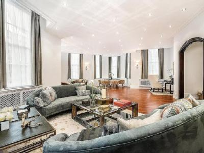 Chartwell Court, Gloucester Square, London, W2