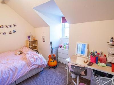 Groovy 3 Double Bedroom Student Flat Close To Uol Beutiful Home Inspiration Truamahrainfo