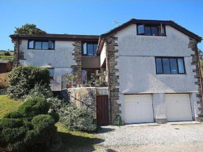 Mewstone House, 8 Coombe Park Close, Cawsand