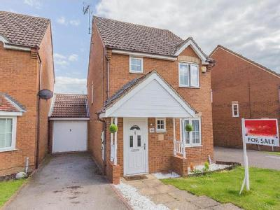 House for sale, Lodge Way - Detached