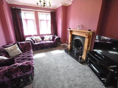 House for sale, Reading Road - Garden