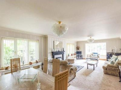 House for sale, Selby Road - Bungalow