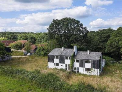 House for sale, Northchapel - Cottage